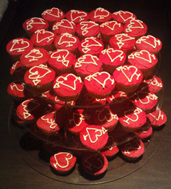 web awards logo cupcakes